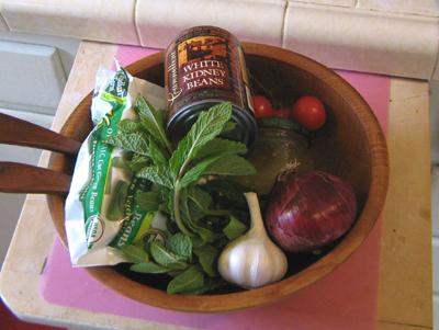 Saladingredients